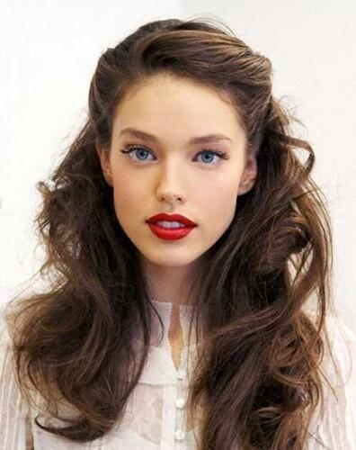 The Ultimate Guide to the Perfect Interview Hairstyles | College News