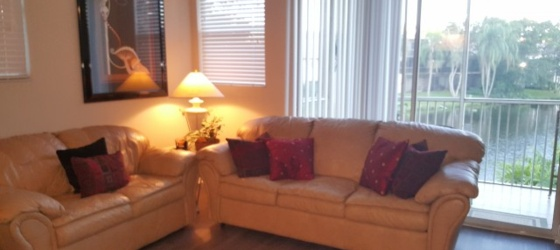 NSU!  Pvt Bed/Bath in Gorgeous Townhome, All-Inclusive!