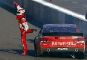 Kevin Harvick Wins in Phoenix