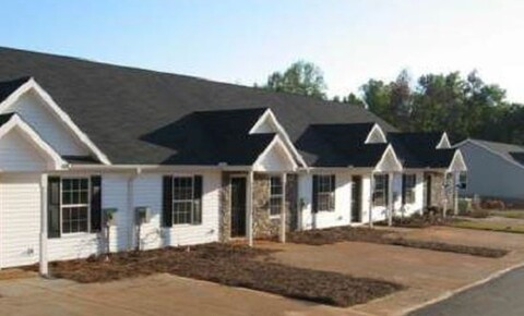Apartments Near Georgia Military College  172 Harvest Ct Unit 103 for Georgia Military College  Students in Milledgeville, GA