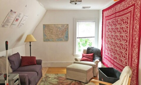 Apartments Near Tufts Extensively Renovated, next to Tufts, Spacious Apartment for Tufts University Students in Medford, MA