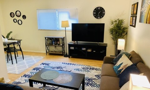 Sublets Near Parkland FULLY furnished 1-bedroom Apt with internet, water & parking included for Parkland College Students in Champaign, IL