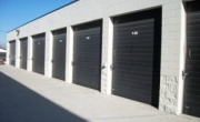 100 Oaks Self Storage