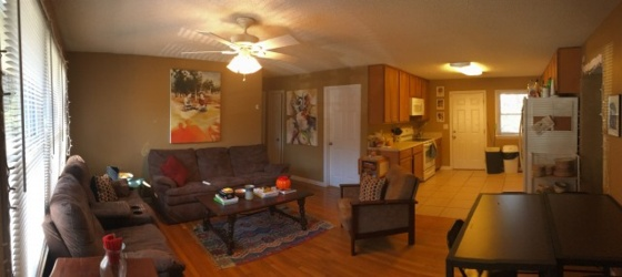 Sublease--15 min walk to campus! PRICE REDUCED