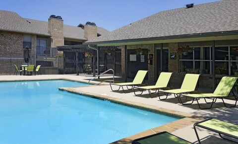 Apartments Near Strayer University-Cedar Hill Lexington for Strayer University-Cedar Hill Students in Cedar Hill, TX