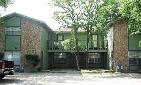 Apartments Near Texas A&M 807 San Pedro Dr for Texas A&M University Students in College Station, TX