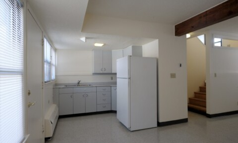 Apartments Near Hamline Co-op Housing Available for Hamline University Students in Saint Paul, MN