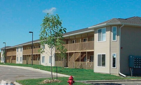 Apartments Near Cornell Azure Apartments for Cornell College Students in Mount Vernon, IA