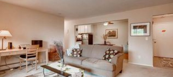 4380 Brookside Ct Apt 201