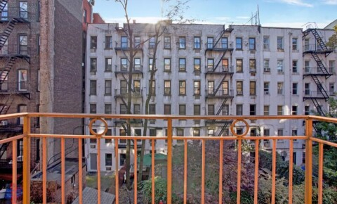 Apartments Near NYU 424 East 9th Street (1st Ave & Avenue A) for New York University Students in New York, NY