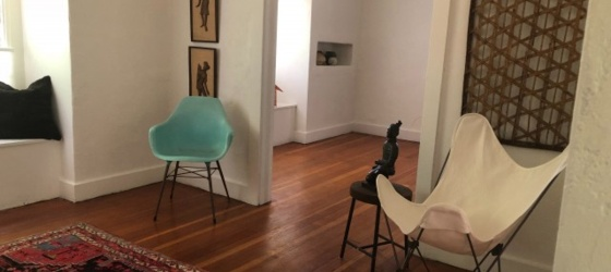 Carriage house apartment in historic Lincoln Terrace - walk to OUHSC