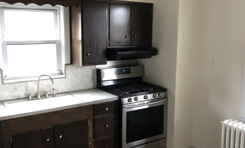 Houses Near Ossining Renovated 1 Bed Apt w/ Office 2nd Floor Multi-Family Home - Laundry - Parking - Yard - Tarrytown for Ossining Students in Ossining, NY