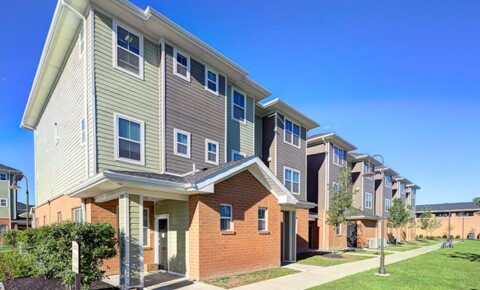 Apartments Near UB Villas At Chestnut Ridge for SUNY Buffalo State College Students in Buffalo, NY