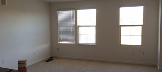 3 Months sublease from 12.6-3.5