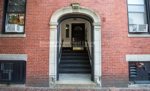 Apartments Near Suffolk 92 Charles St Apt 2B for Suffolk University Students in Boston, MA