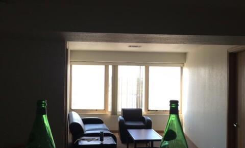 Sublets Near Massachusetts Summer Sublet CHEAP for Massachusetts Students in , MA